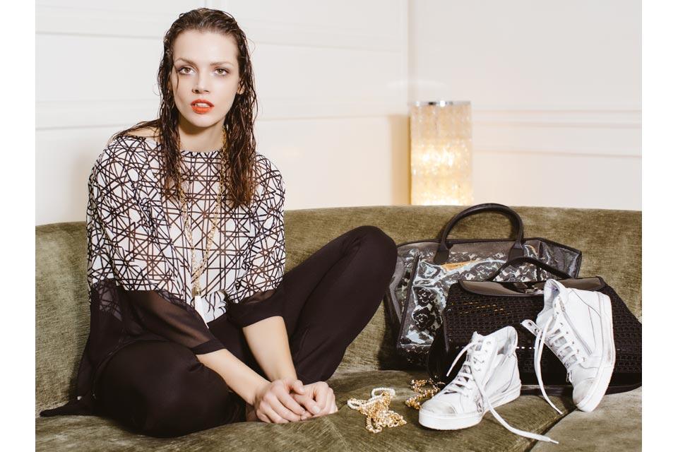 prezzi di scarpe donna shop online rinascimento. Black Bedroom Furniture Sets. Home Design Ideas