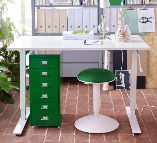 Scrivanie Ikea 2016 catalogo prezzi | Smodatamente