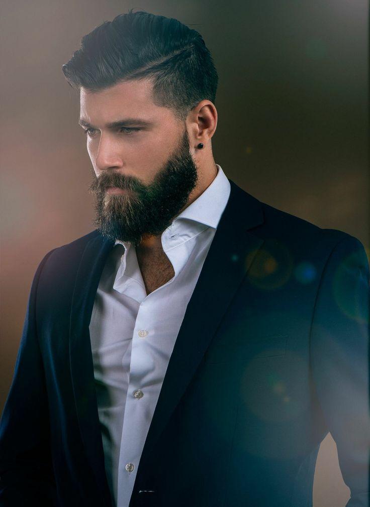 Taglio di capelli uomo asimmetrico
