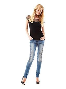 low priced de8bb 3ae95 Jeans Guess 2016 catalogo prezzi primavera estate   Smodatamente