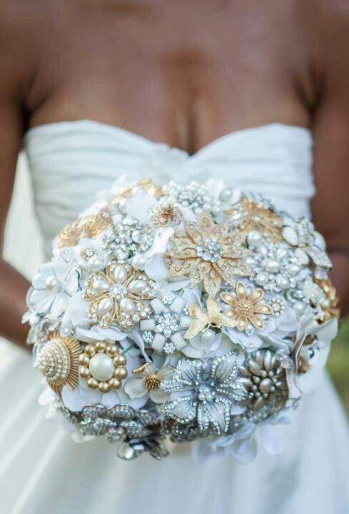 bouquet sposa bianchi gioiello