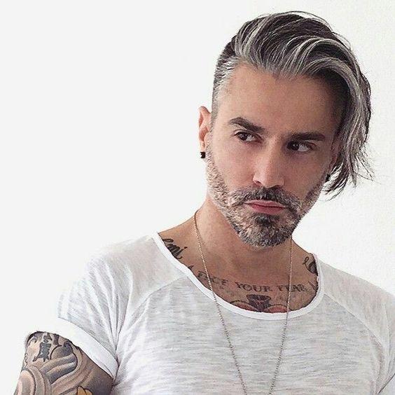 Taglio capelli uomo corti ai lati lunghi sopra 2017 – Tagli di ... 82b083037ce7