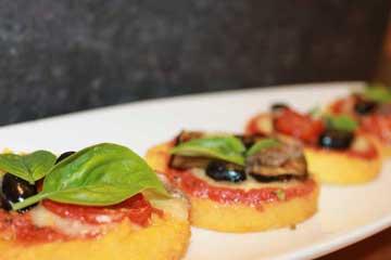 ricetta-pizzette-di-polenta-riciclo-creativo