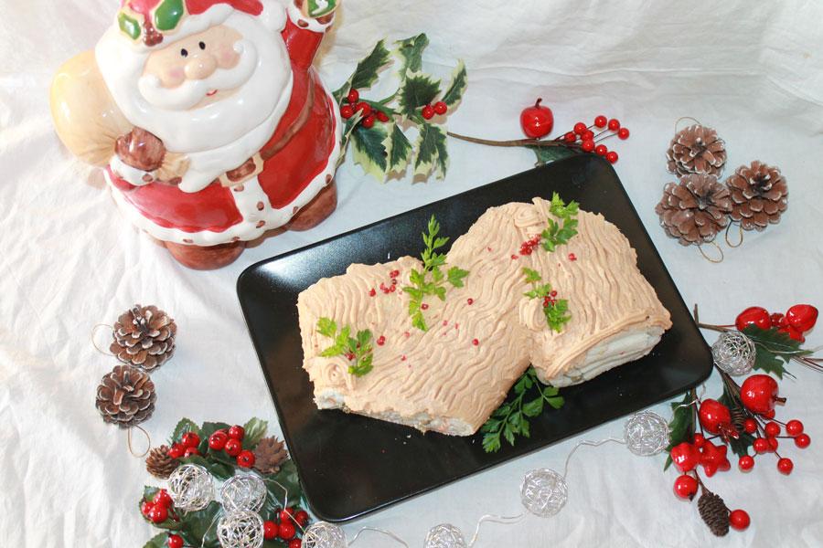 Ricetta Tronchetto Di Natale Salato.Ricetta Tronchetto Di Natale Salato Farcito Golosamente