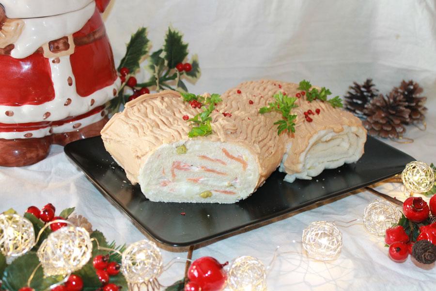 Ricetta tronchetto di Natale salato salmone tonno pepe rosa
