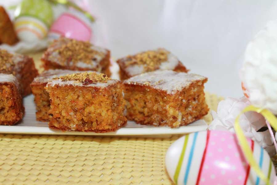 ricetta quadrotti di carrot cake con glassa al limone