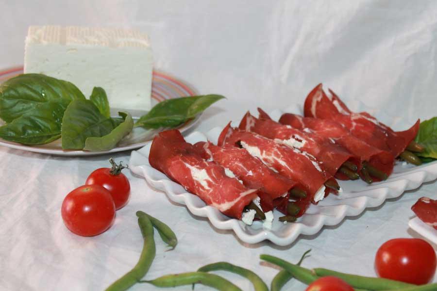 ricetta involtini estivi bresaola fagiolini quartirolo