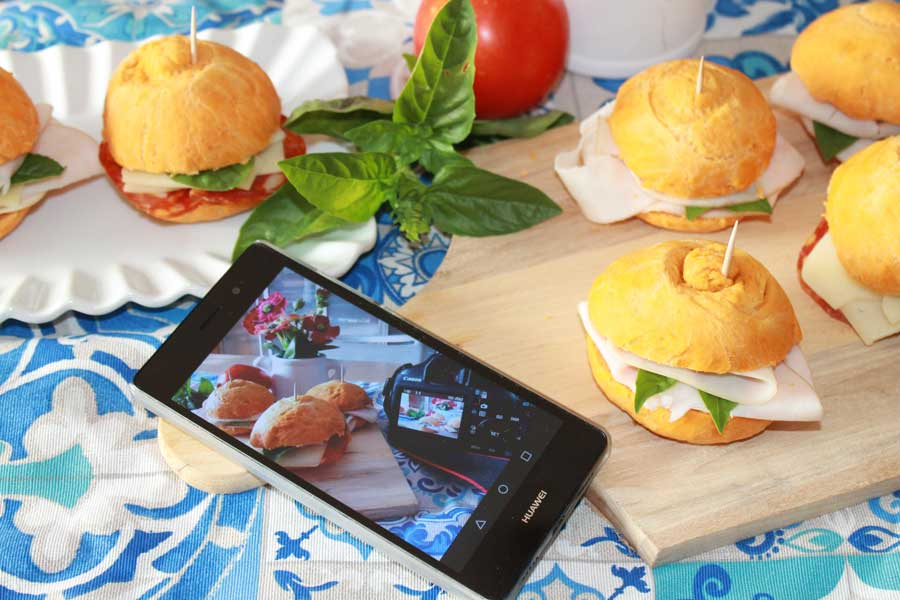 ricetta panini tipo rosette al pomodoro