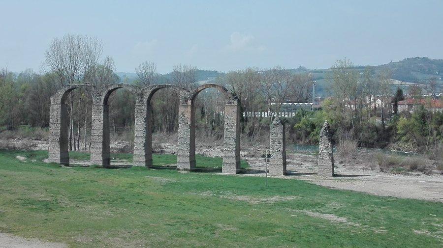 antico acquedotto romano resti acqui terme